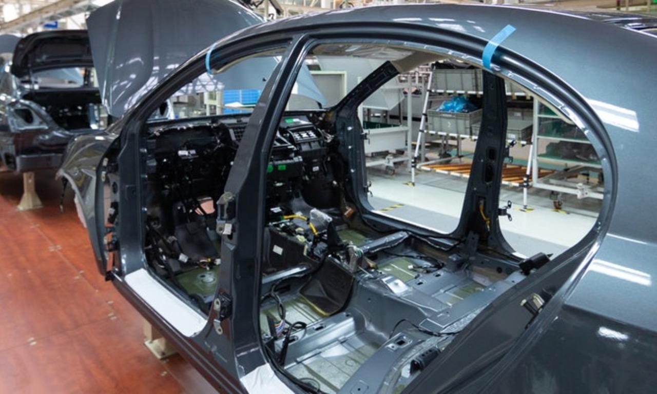 Aumentar la disponibilidad de procesos productivos en plantas automotrices: ¿Cuál es el método adecuado?